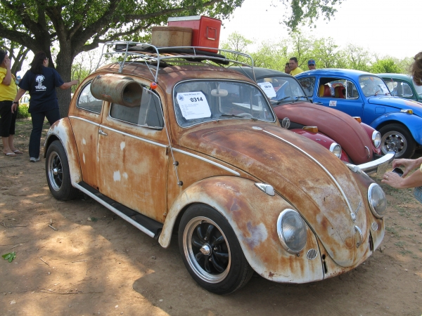 58 RAGTOP (PATINA KING) (#0314) - 1958 RUST/WHITE Beetle