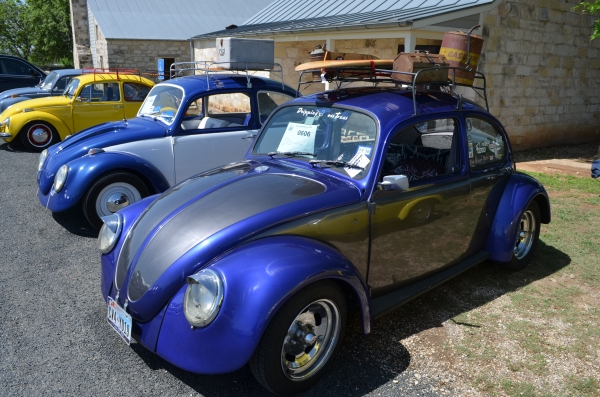 #0606 - 1969 Blue and Grey Beetle