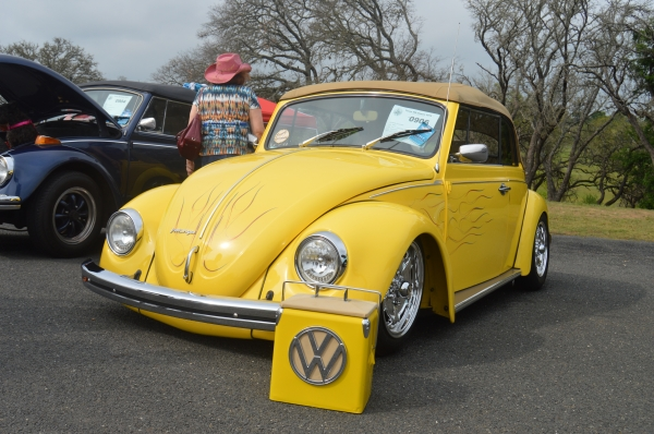 #0906 - 1970 Yellow Beetle Convertible