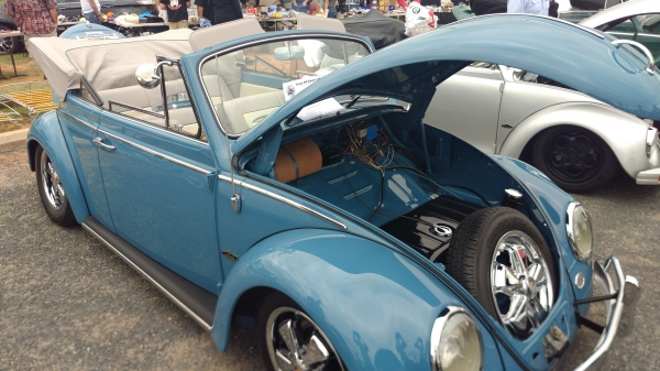 Cooler (#0801) - 1966 Gulf Blue Beetle Convertible
