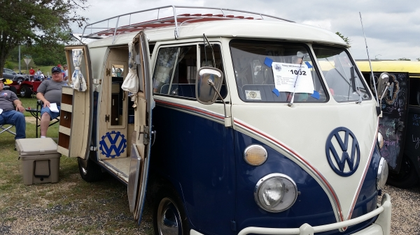 Old Blue (#1002) - 1964 Blue and White Bus - Split Window Camper